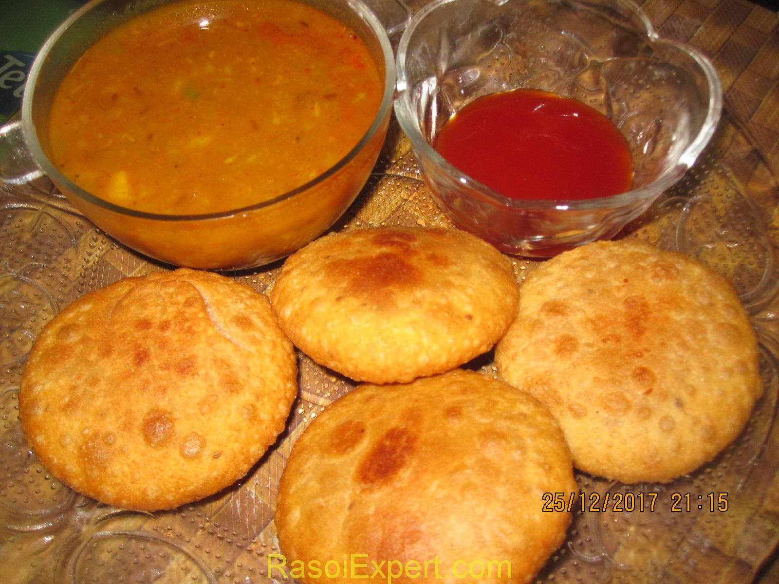 Sattu Ki Kachori Recipe - How To Make Stuffed Sattu Kachori Recipe